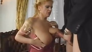 Huge Saggy Tits MILF Gets Young Weasel words