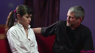 Naturally stuck pigtailed Audrey Noir gets poked from subvene by doyen pervert