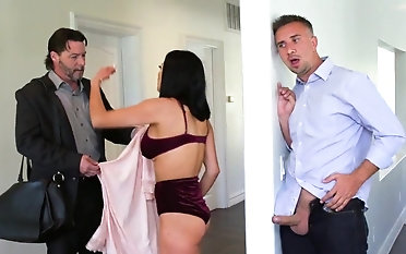 Sexy wife sucks bushwa and fucks enduring to the fullest extent a finally hubby away